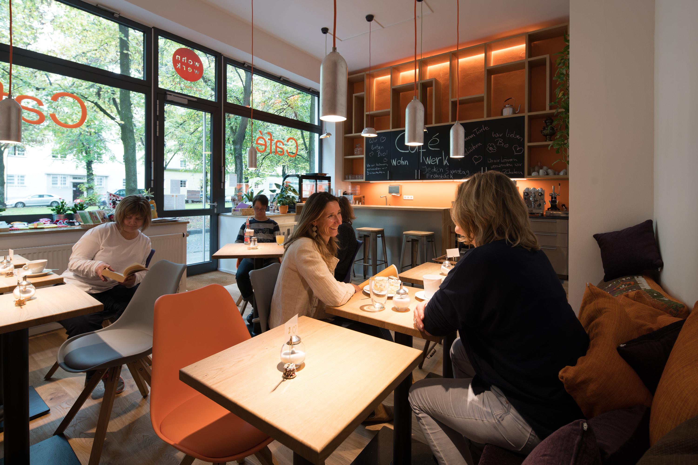 Gäste des Cafés